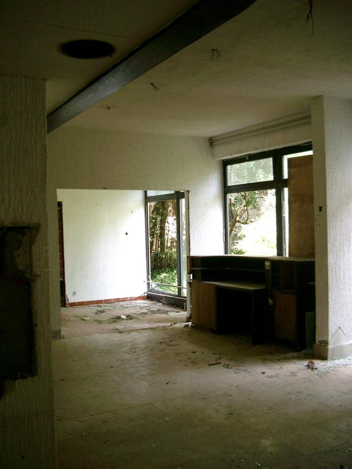 Rezeption eines verlassenen Hotels bei Malinska (Insel Krk)